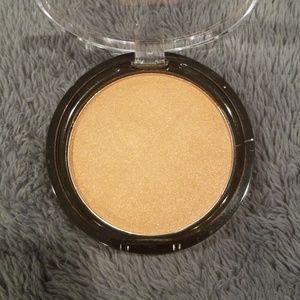 Ofra Blush/Bronzer Format